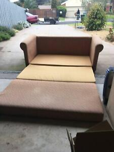 Fold out couch up to a double bed.