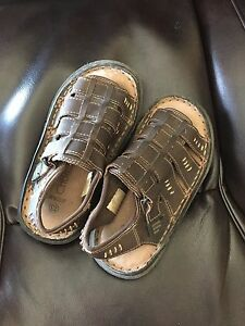 Child size 13 sandals