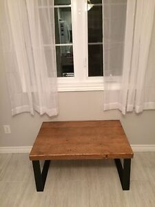 Table de salon look rustic