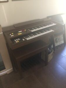 Vintage Organ with bench and music books BEST OFFER!