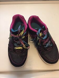Girls Running Shoes Size 1