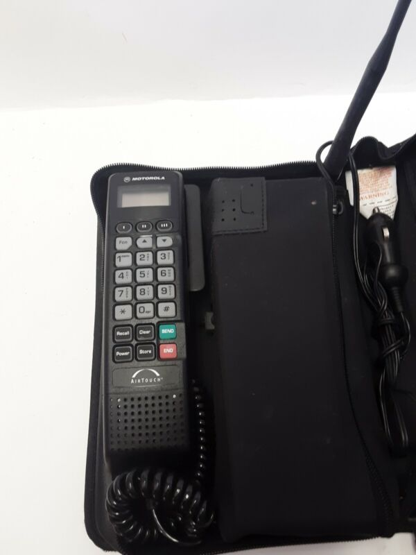 VINTAGE MOTOROLA  AIRTOUCH CAR CELLULAR CELL PHONE W/ ANTENNA PACK AND BATTERY