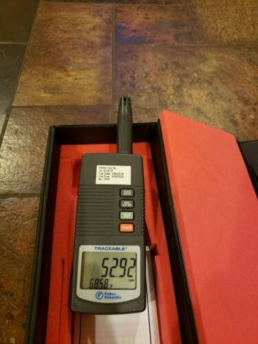 Fisher Scientific Traceable Portable Handheld Digital Hygrometer Thermometer/Cas