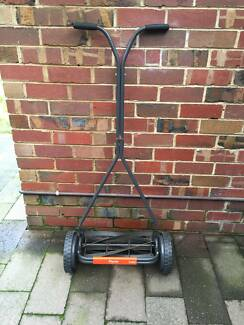 FLYMO H40 MANUAL MOWER! Mordialloc Kingston Area Preview