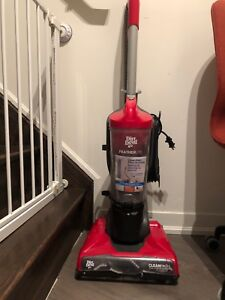 Dirt Devil Featherlite Vaccum