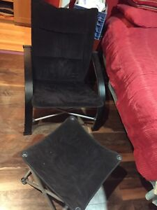 Collapsible chair and leg rest set