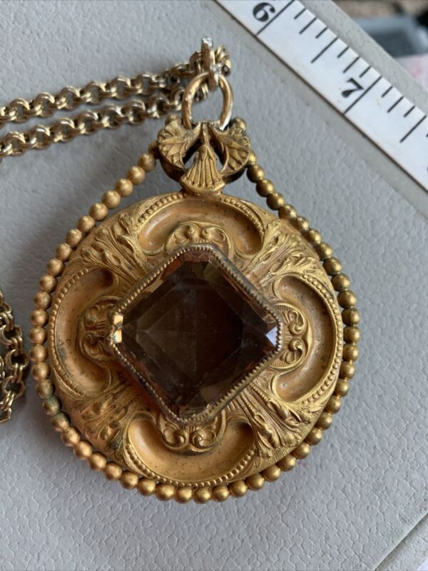 ANTIQUE ART NOUVEAU REPOUSSE GOLD FILLED? BRUSHED DUO SIDED NECKLACE GLASS TOPAZ