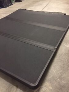 Chevy Colorado Canyon tonneau cover 6ft