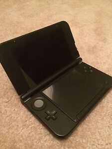 3DS-XL with games