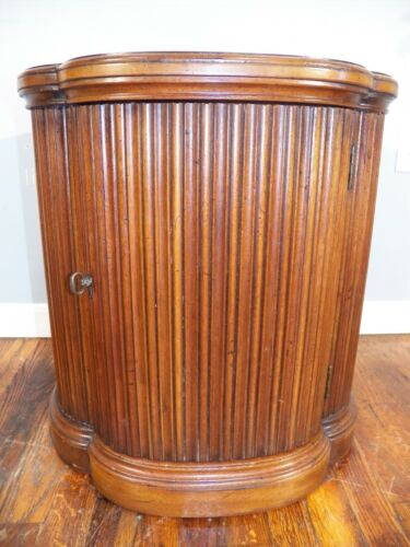 Henredon Regency Contemporary Style Accent End Table 43-6301 Solid Mahogany MCM