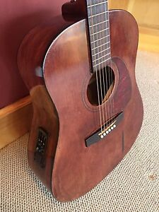 Seagull S6 acoustic/electric Guitar