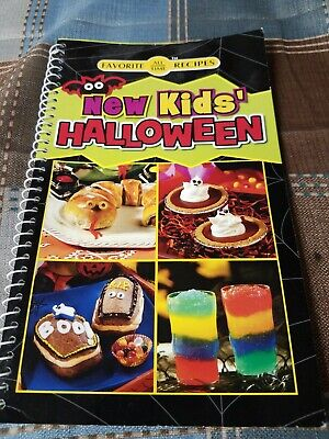 Halloween Recipes Snacks (NEW KIDS HALLOWEEN Cookbook RECIPES New SNACKS Treats DRINKS Goodies FOOD)