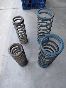 TRIUMPH STAG SPRINGS (FRONT & REAR) Berowra Hornsby Area Preview