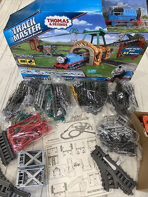 NEW Thomas & Friends 5-In-1 TrackMaster Motorized Railway Track Builder Set
