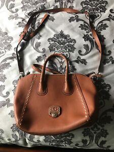 MINT CONDITION GUESS BAG
