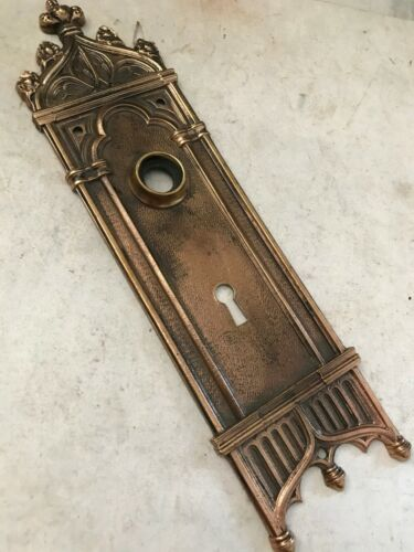 """OLD ARTS CRAFT DECO GOTHIC VICTORIAN 10"""" BRASS ENTRANCE ENTRY DOOR KNOB PLATE"""