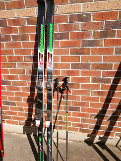 Rossignal skis and poles group1 7s