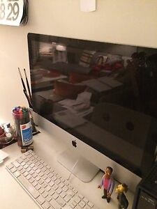 2011 iMac **Great Condition**