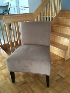 Fauteuil d'appoint (chaise)