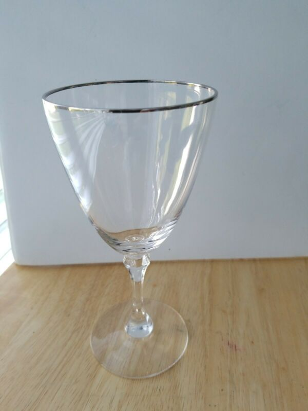 Lenox Crystal MONTCLAIR Platinum Trim Water Goblet 7""