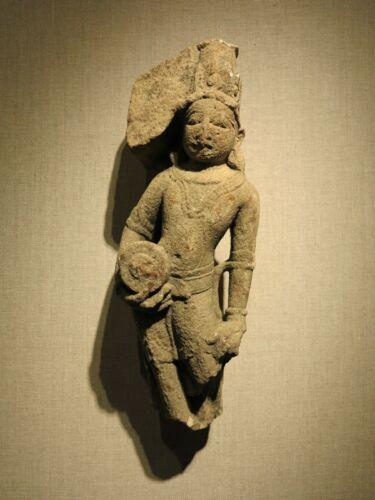 10th century antique Vishnu figure antiquity sculpture India