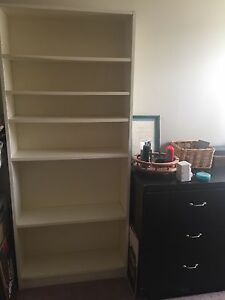 Ikea billy bookcase 20$ great condition