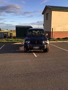 2000 Mitsubishi Pajero Dual fuel Long Rego 4x4 Auto Taylors Lakes Brimbank Area Preview