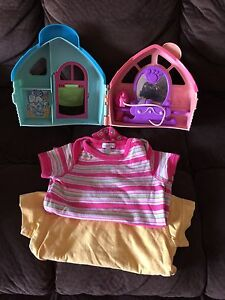 Little People House Toy with free clothes Werrington Penrith Area Preview