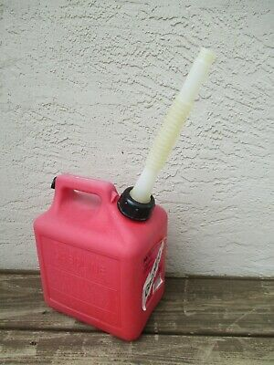 Midwest Can Co Gas Can 1 Gallon 4 Oz Flexible Spout Model 1100 Pre Ban Vented