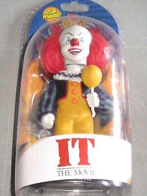 IT Pennywise SOLAR POWER BODY KNOCKER Figure NECA 1990 Horror Movie Clown blu