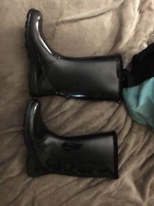 women's size 9 black kamik boots