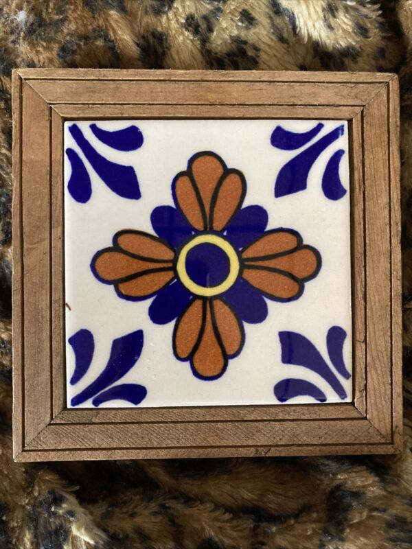 VINTAGE TRIVET STAND MEXICAN FOLK ART TILE WOOD FRAME Dal-Tile  MEXICO 53/4""