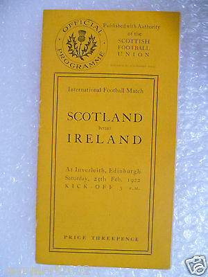 1922 SCOTLAND v IRELAND Rugby Programme 25th Feb at Inverleith  Excellent