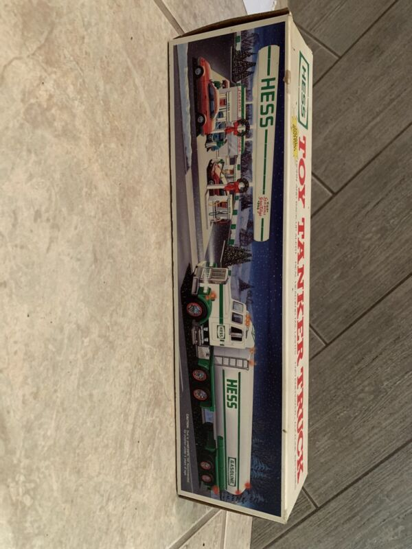 Hess 1990 Toy Tanker Truck New in Box Vintage