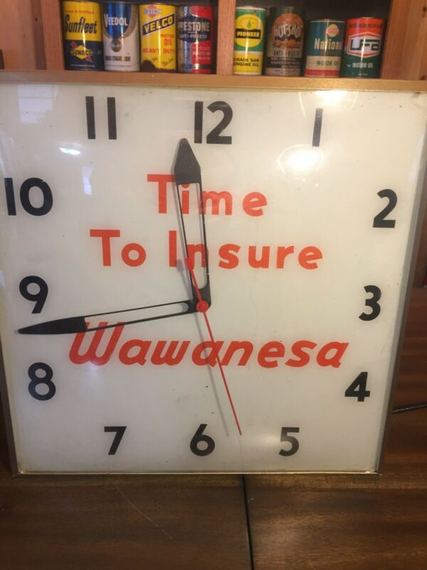 Wawanesa Insurance Vintage Glass Faced Advertising Working Light Up Clock