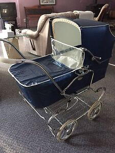 Gendron Baby Carriage / Poussette Gendron