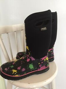 FOR SALE : LADIES RAIN BOOTS: