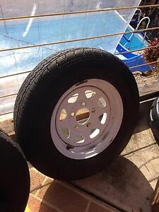 boat trailer sunraysia rim ford and tire Beenleigh Logan Area Preview