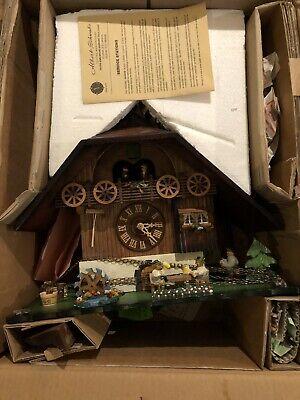 Vtg Cuckoo Clock Black Forest Chalet  Edelweiss Froehliche Wanderer Works! Black Forest Chalet Cuckoo Clock