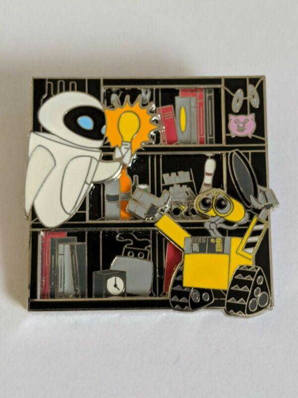 Wall-E And Eve Celebrating 10 Years 10th Anniversary Limited Edition Disney Pin