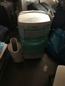 Air Conditioner / Heater / Dehumidifier