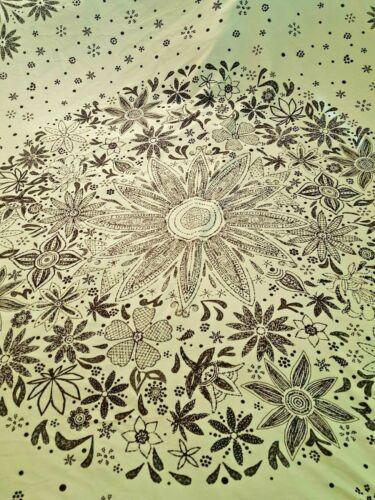 "Black & white floral print cotton tablecloth 59"" x 78"" vtg"