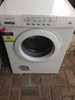 electrolux dryer 6 5kg. dryer electrolux 6 kg, free delivery 5kg g