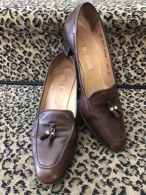 Gucci Rare Vintage 70s Brown Leather Tasseled Loafer Low Heel Pump Logos 40.5