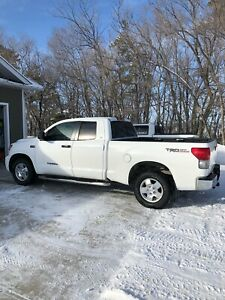 Well cared for 2009 Toyota Tundra