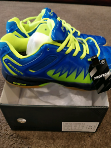 Vostro 1.0 Blue Green Badminton Shoes Professional Canberra City North Canberra Preview