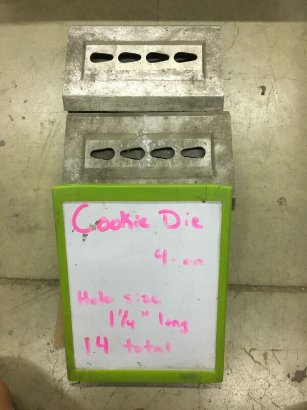 """Triumph Magna Cookie Depositor Die """"B"""""""
