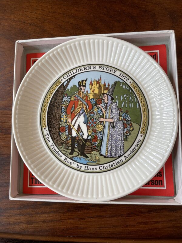 """Wedgwood Children's Story 6"""" Plate """"The Tinder Box"""" 1972 Excellent Condition"""
