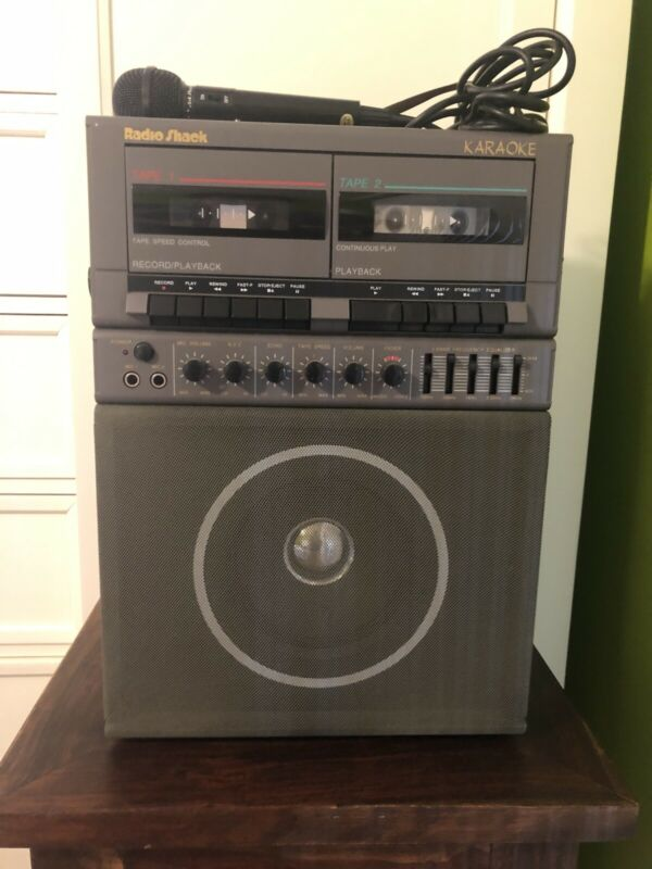 Vintage Radio Shack 32-1154 Karaoke recorder cassette tape w/ built-in speaker