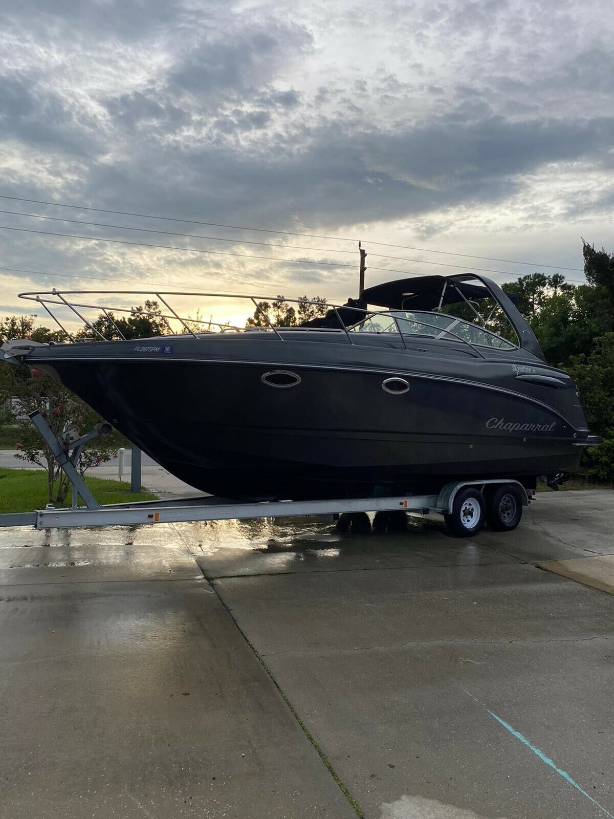 2002 Chaparral signature 280 Beautiful cruising boat, one of a kind!